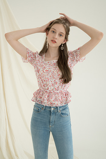 FLOWER LACE FRILL BLOUSE