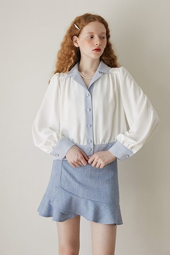 COLLAR SHIRRING BLOUSE - IVORY